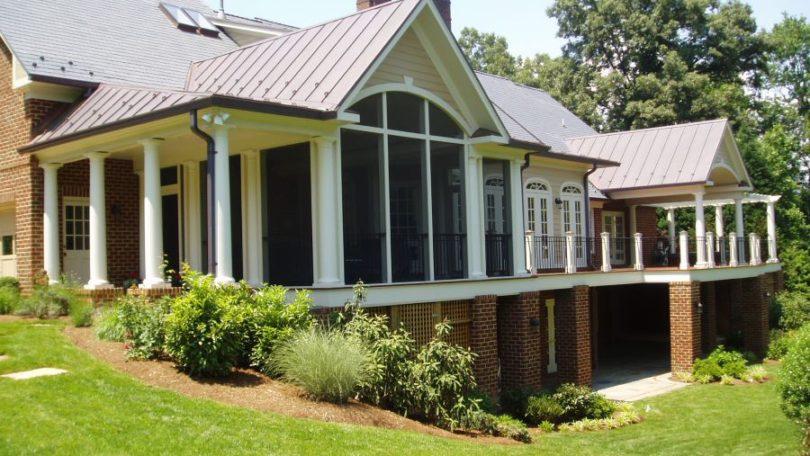 Ample Screen Porch & Deck - McLean, VA
